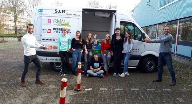 Kerstactie voor Voedselbank Alphen groot succes