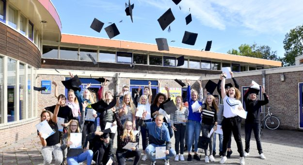 Anglia diploma's uitgereikt